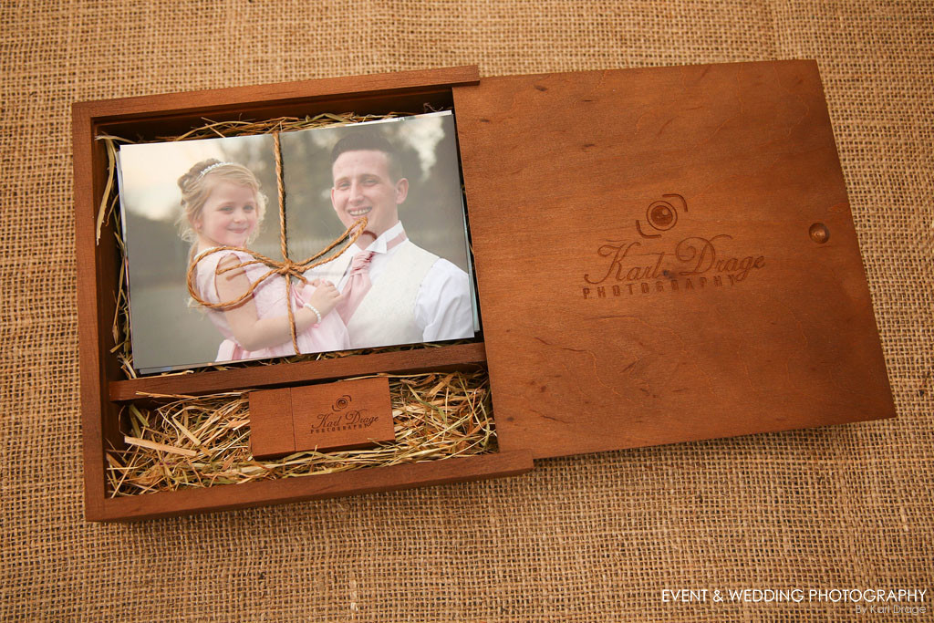 """New from September 2017, all wedding photography clients will receive their edited images on a branded USB stick, together with 50x 6""""x4"""" prints in a beautiful presentation box."""